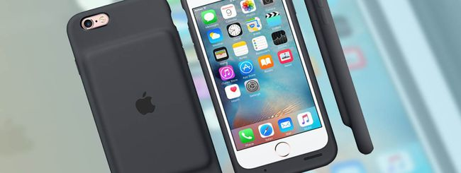 iPhone 6S: Tim Cook difende Smart Battery Case