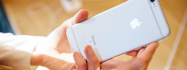 iPhone 7, anche con ricarica wireless?