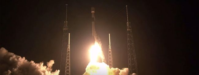 SpaceX lancia quinto lotto di satelliti Starlink
