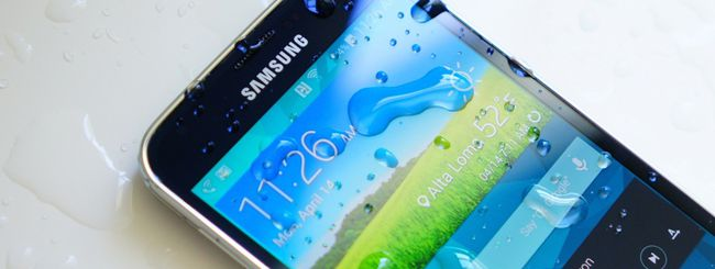 Gear Fit o cuffie Level On con  Samsung Galaxy S5